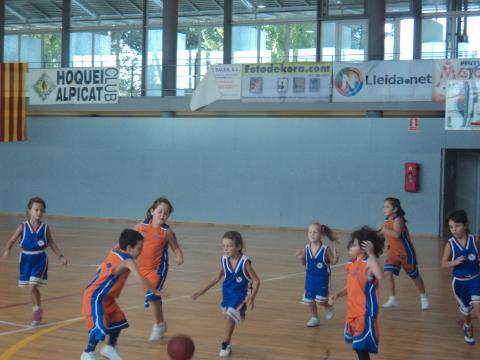 El Club Bàsquet Bellpuig participa a la primera Trobada de la temporada 2013-2014