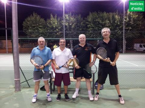 La junta del Club bàsquet bellpuig va a suar al tennis